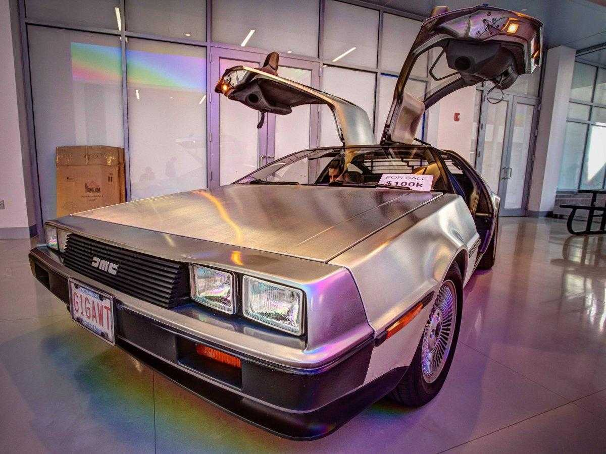 1429430125_delorean.jpg