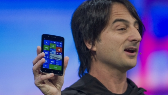 Windows Phone'un En Üst İsmi iPhone Kullanıyor