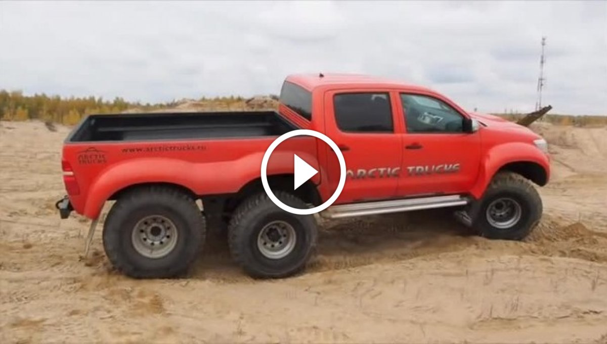 6×6 Engel Tanımayan Toyota Hilux [Video]